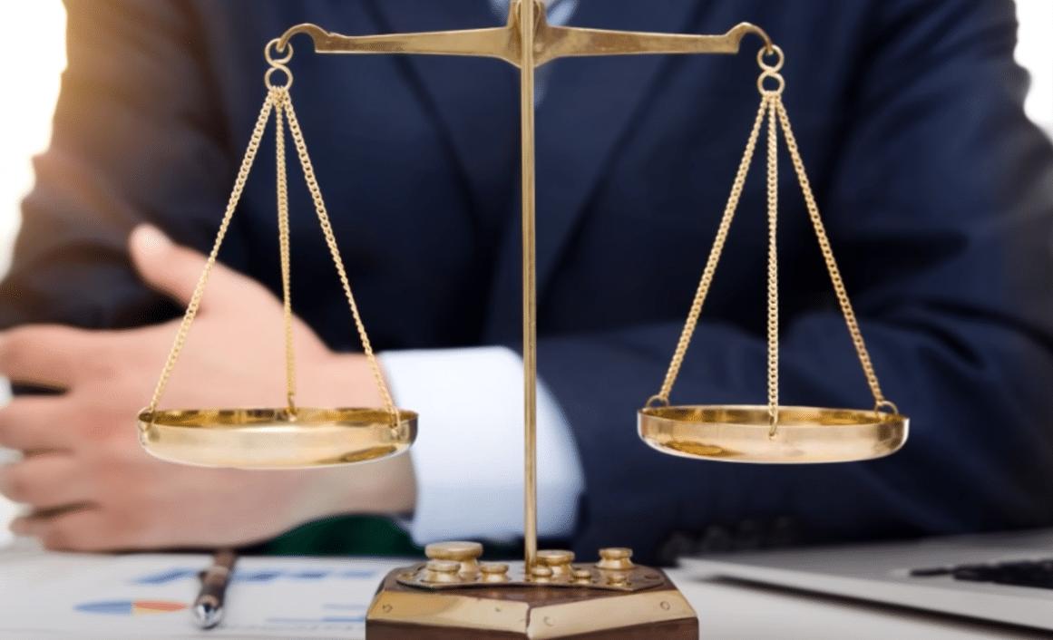 Qué se necesita estudiar para ser un abogado
